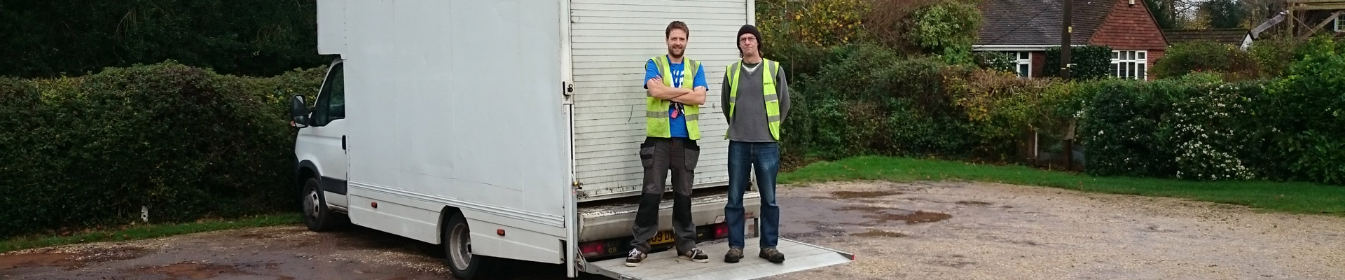 Sledges of Southampton Man and van services was established in 2013. SOS now has a team of four and run by Johnny and business partner Dave.